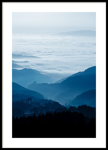 Cloudy Mountains Poster in der Gruppe Poster / Naturmotive bei Desenio AB (11877)