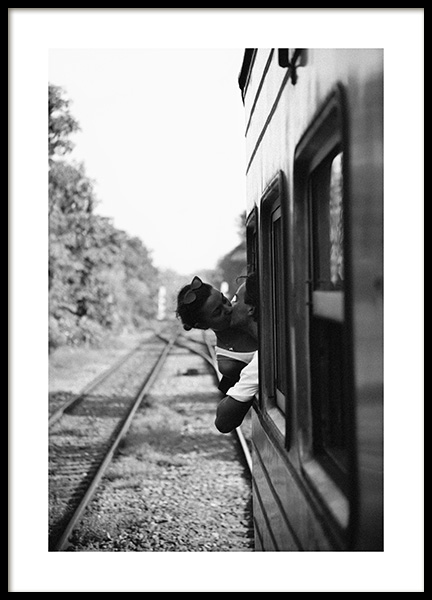 Kiss on the Train Poster in der Gruppe Poster / Fotografien bei Desenio AB (14091)