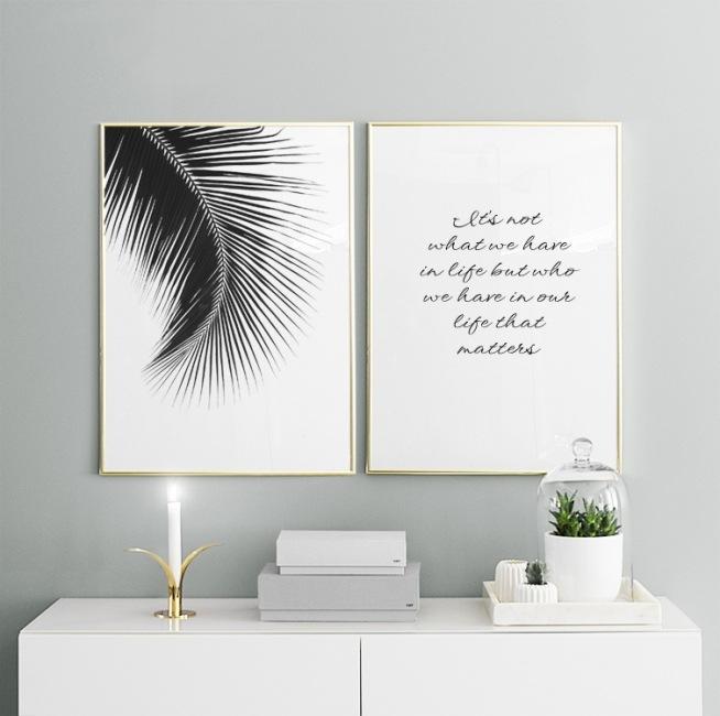 Poster mit einem schwarz wei foto f r die inneneinrichtung stilvolles poster mit palmenblatt - Poster wohnzimmer ...