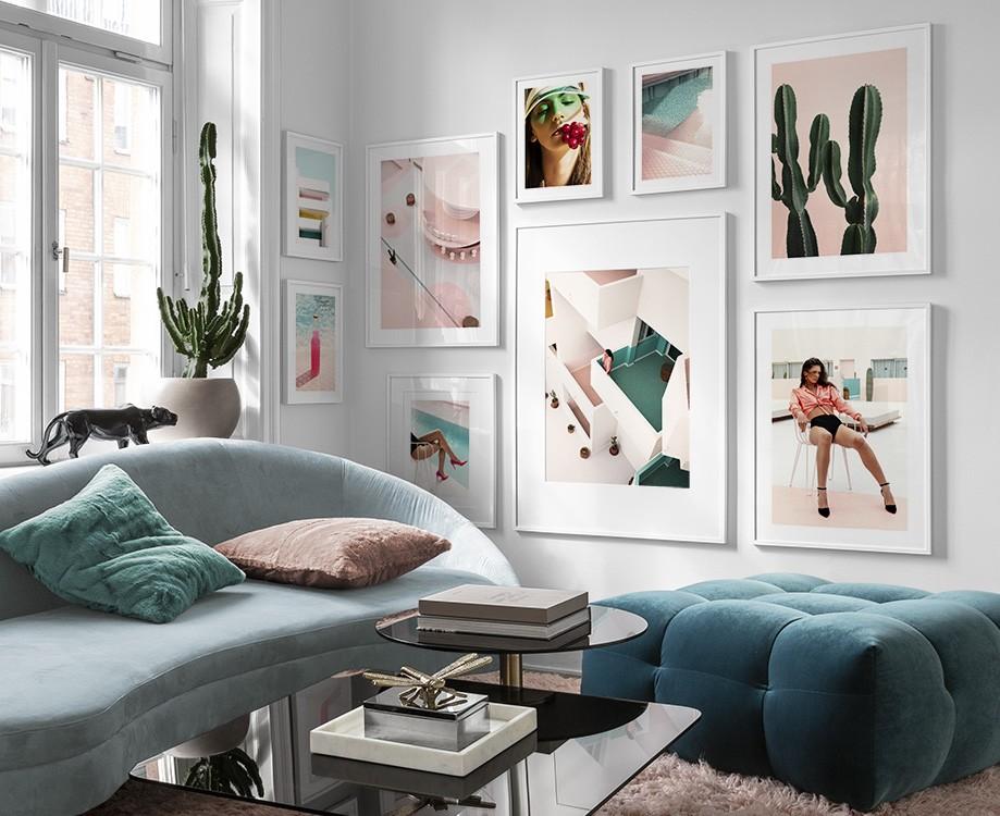 Inspiration für schöne Wohnzimmer Bilderwand mit Postern   Desenio